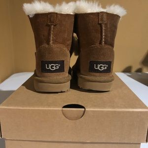 Cute, warm and fluffy baby ugg boots